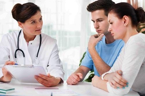 Bác sỹ tư vấn cho vợ chồng cách chữa vô sinh hiệu quả nhất