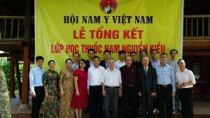Lễ bế giảng lớp học thuốc nam Nguyễn Kiều khóa 10 – năm 2020