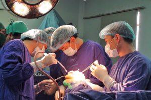 Điều trị viêm khớp dạng thấp bằng phẫu thuật và các biện pháp hỗ trợ